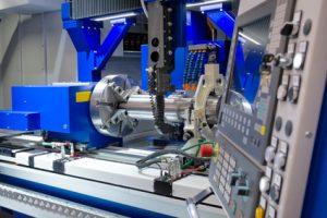 Hochleistungsfräsmaschine Bild Fotolia